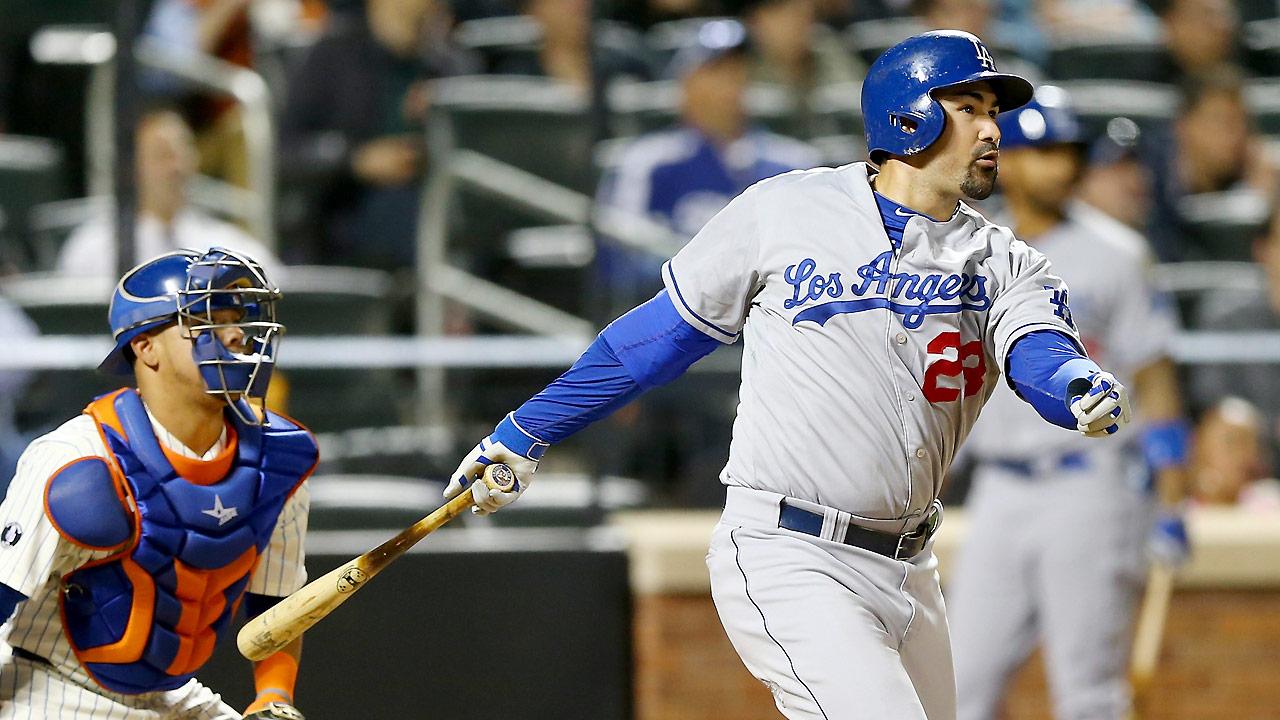 Adrian Gonzalez wins NL Silver Slugger Award at first base | MLB.com