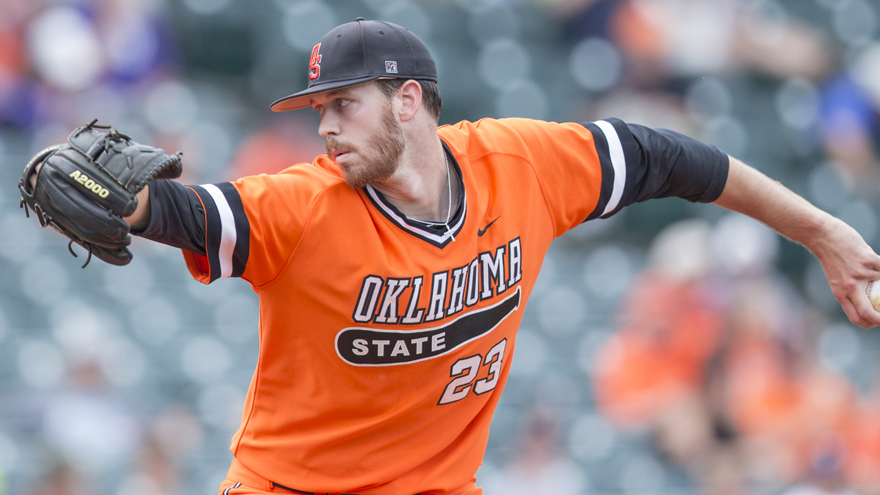 Freeman one of three Astros draftees to sign