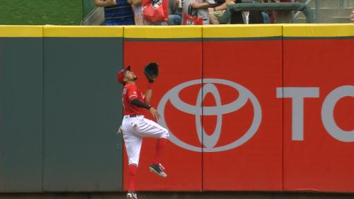 Billy Hamilton's leaping catch