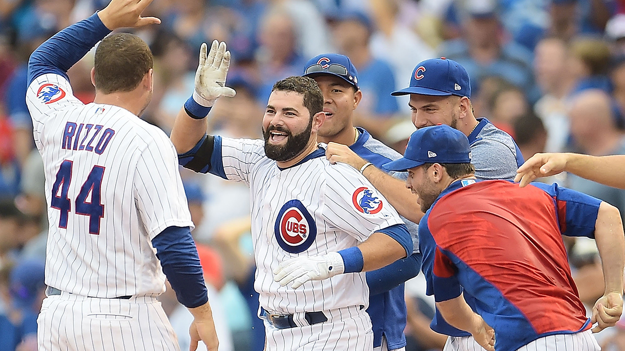 Cubs walk off in 10th to sweep Blue Jays