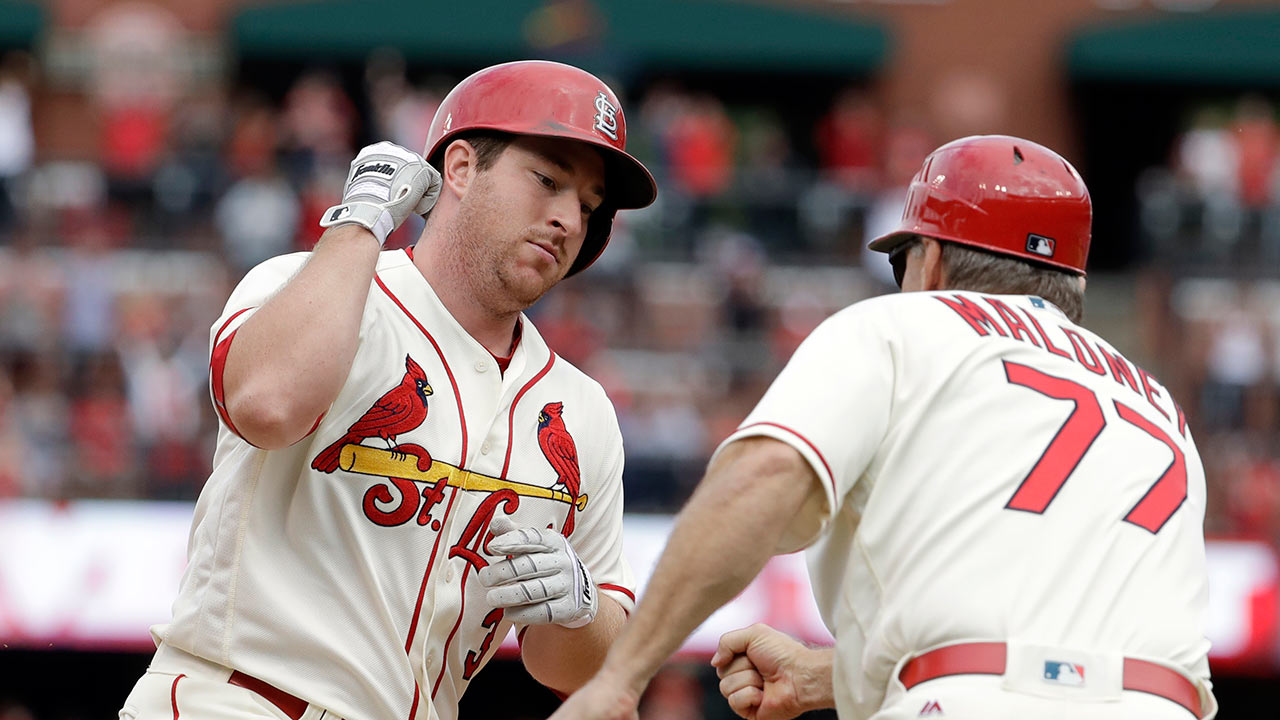 Gyorko's HR lifts Cards' Wild Card chances