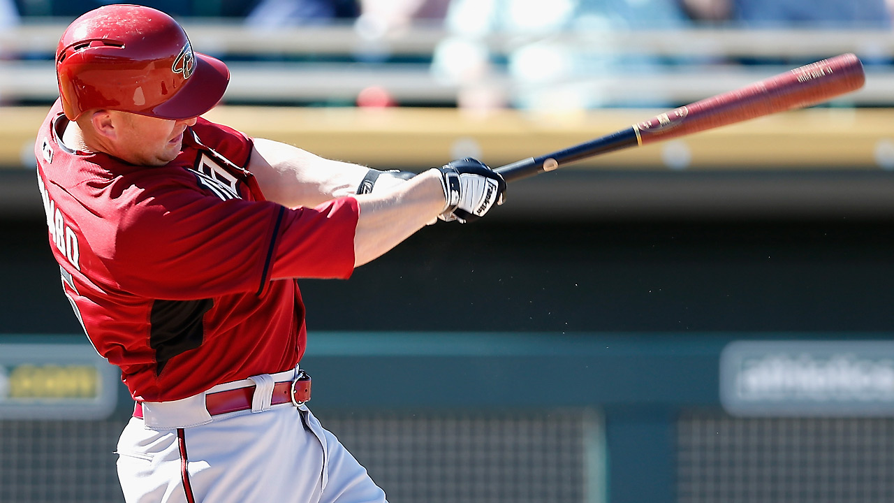D-backs deliver 14 hits, walk off with win