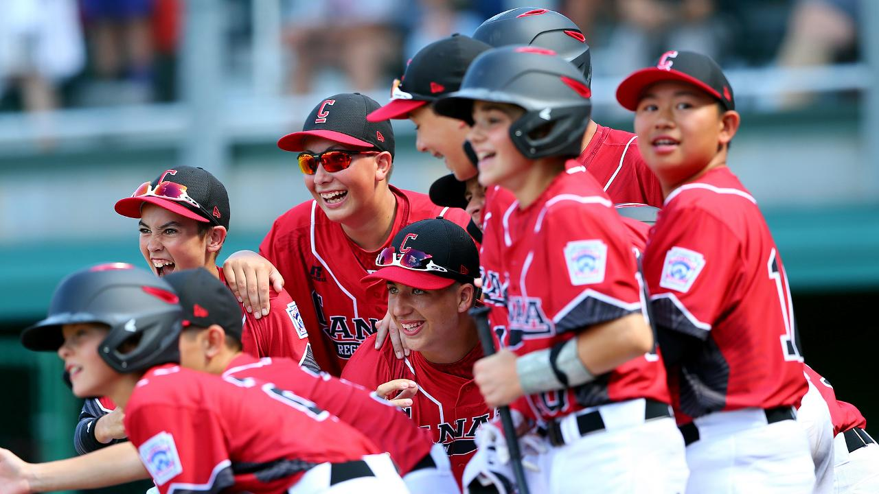 Canada upsets Japan in Williamsport