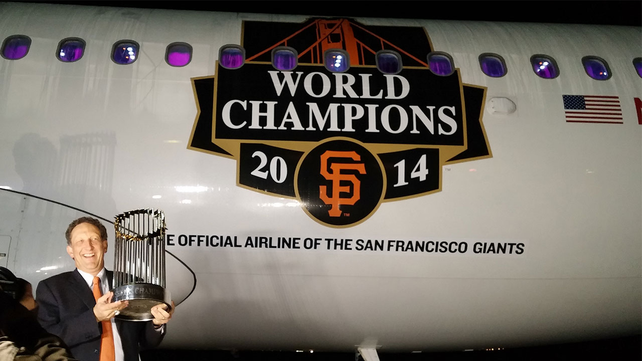 Giants take WS trophy on weekend trip to NYC