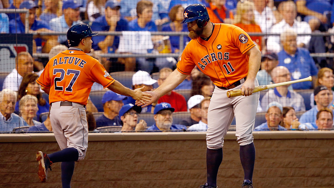 Astros strike first before rain delay in KC