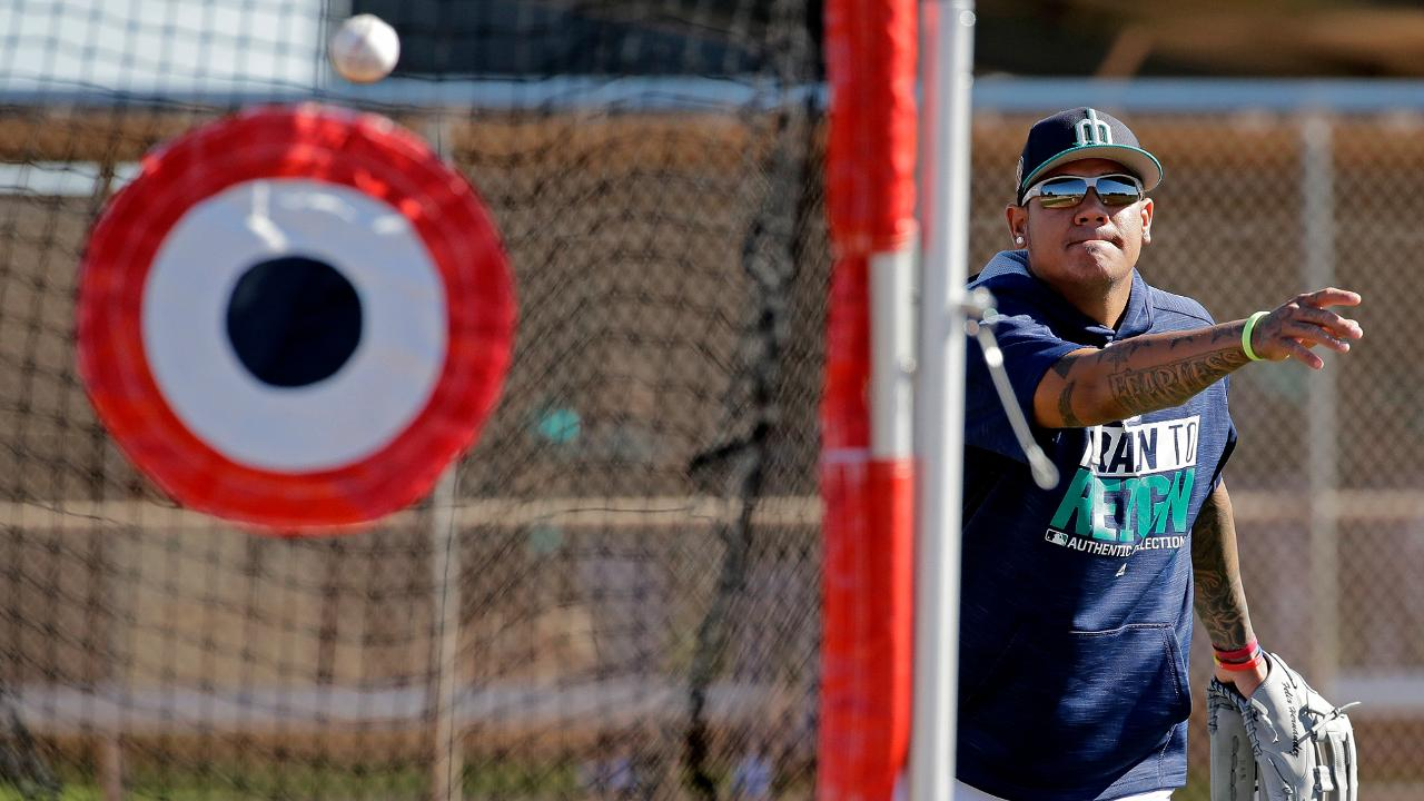 Servais seeks to get pitchers on target