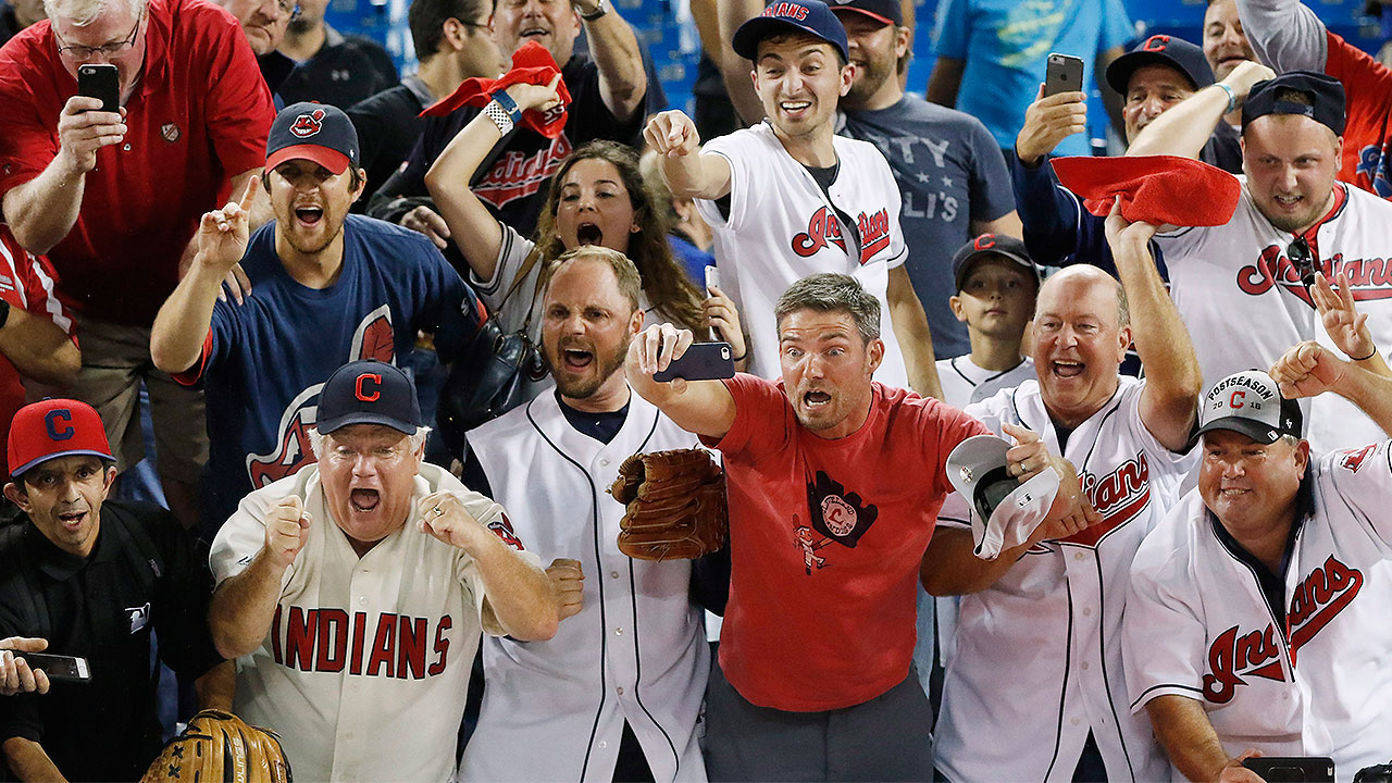 Title town? Cleveland fans toast ALCS win