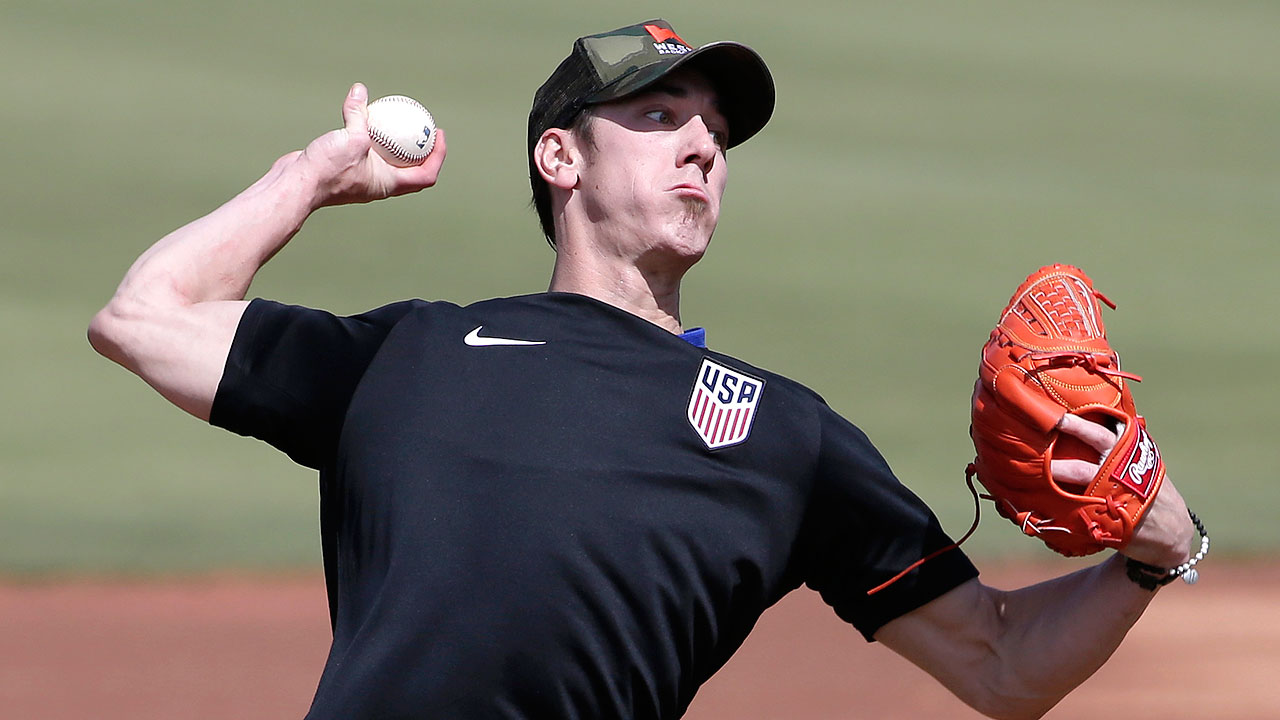 Tim Lincecum throws 41 pitches in showcase