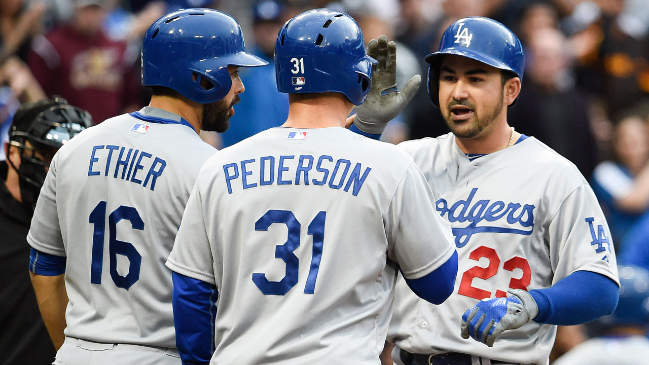 Dodgers swat four homers in slugfest with Padres | MLB.com