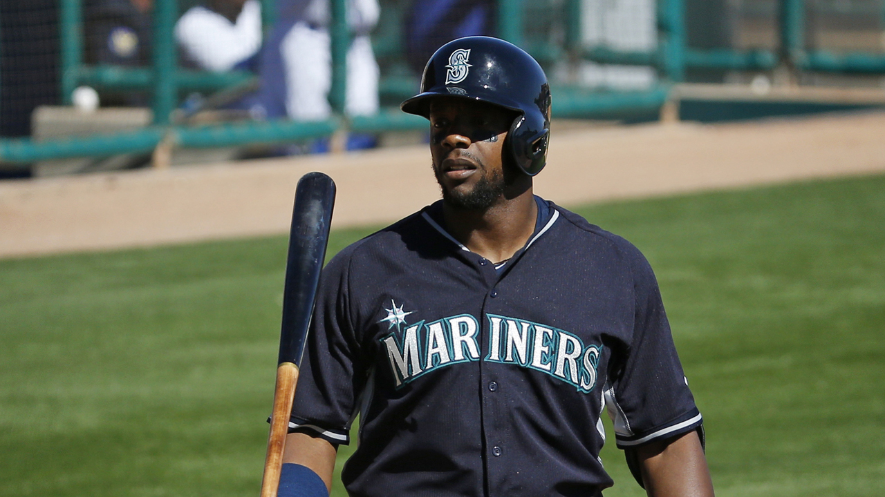 Weeks jonronea en derrota de Seattle ante D-backs
