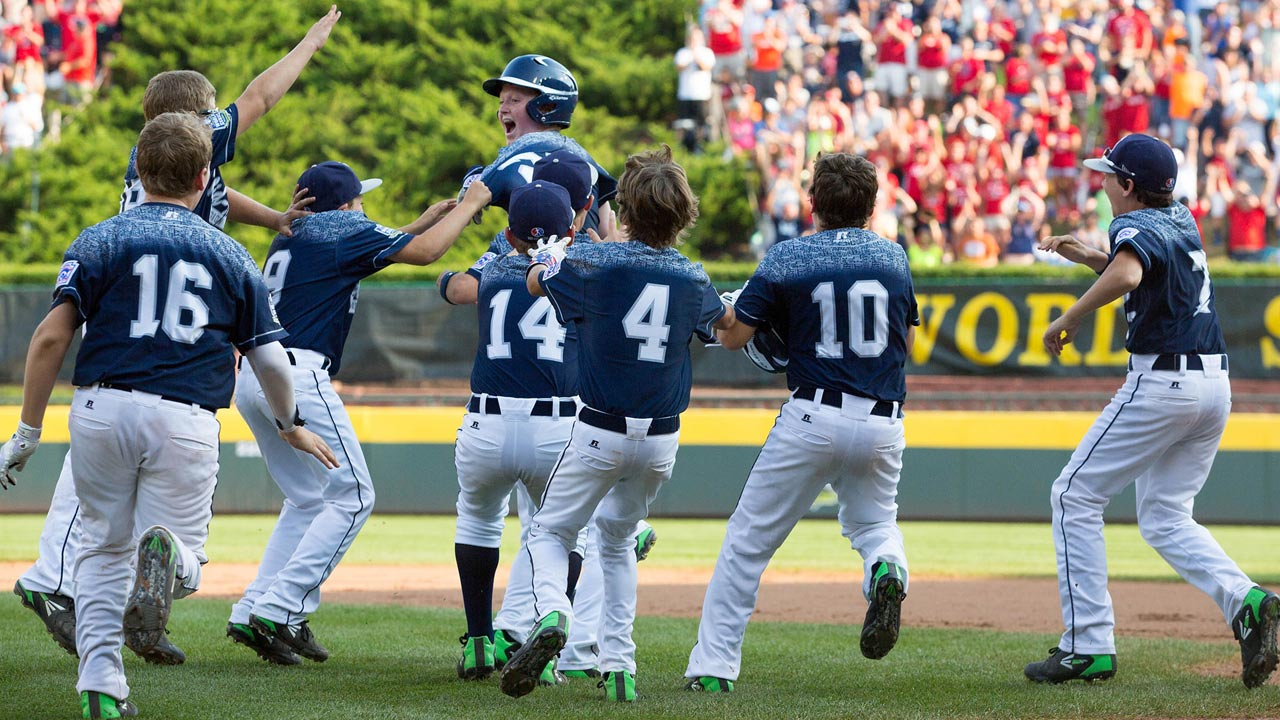 Pennsylvania walks off over Texas to reach final