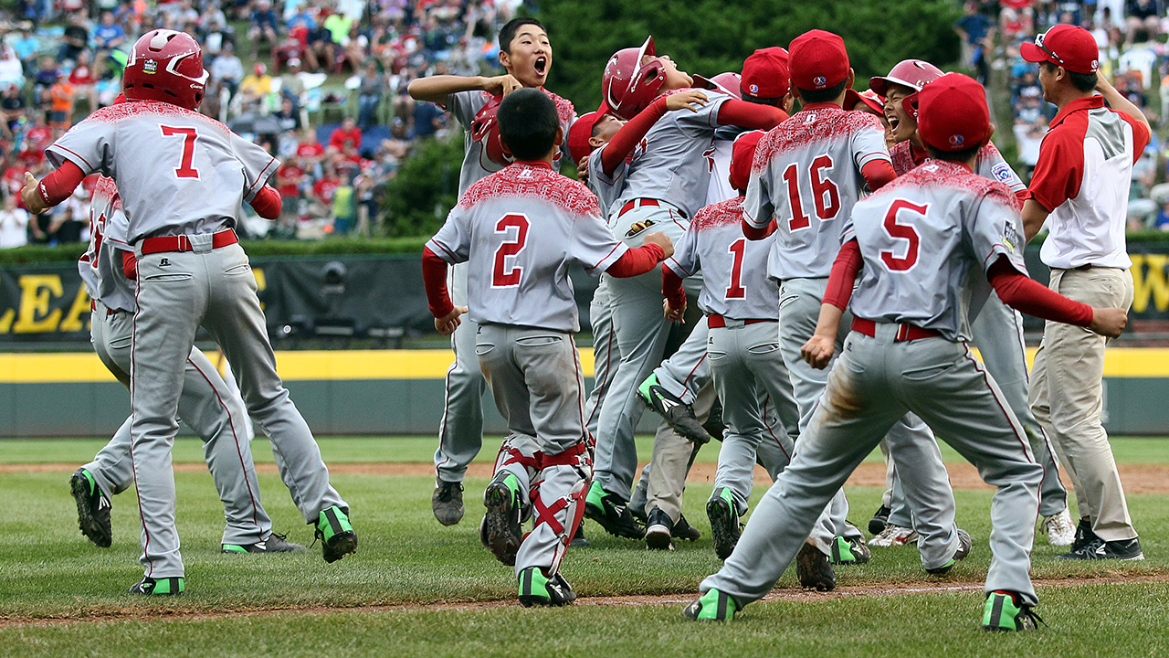 Japan walks off to top Venezuela, Penn. bests Texas