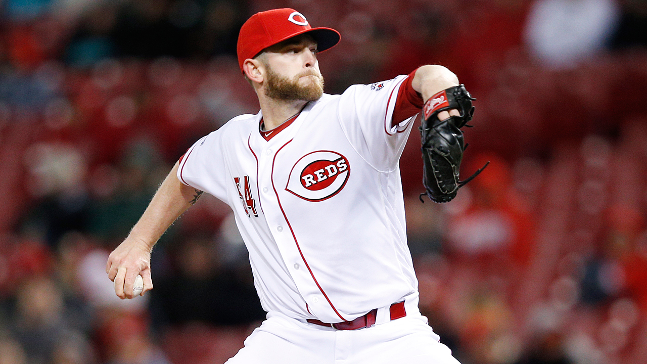 Reds relievers set dubious runs-allowed record
