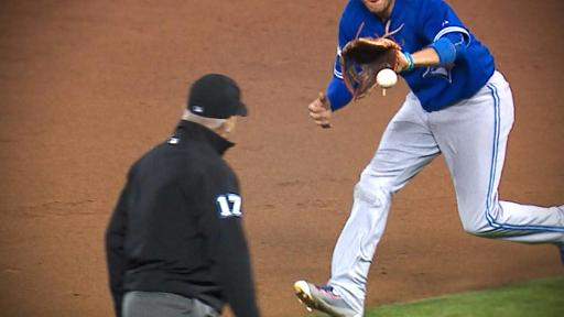 Blue Jays turn great double play
