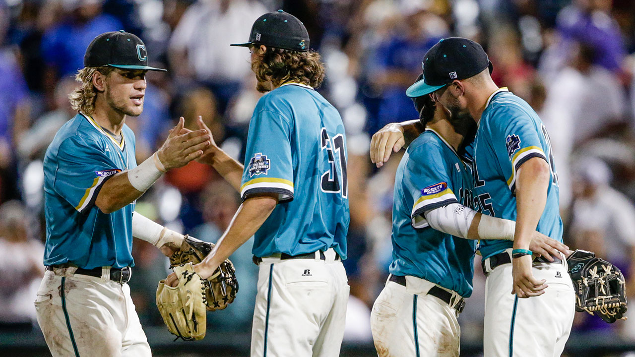 Coastal Carolina, Arizona advance to College World Series finals