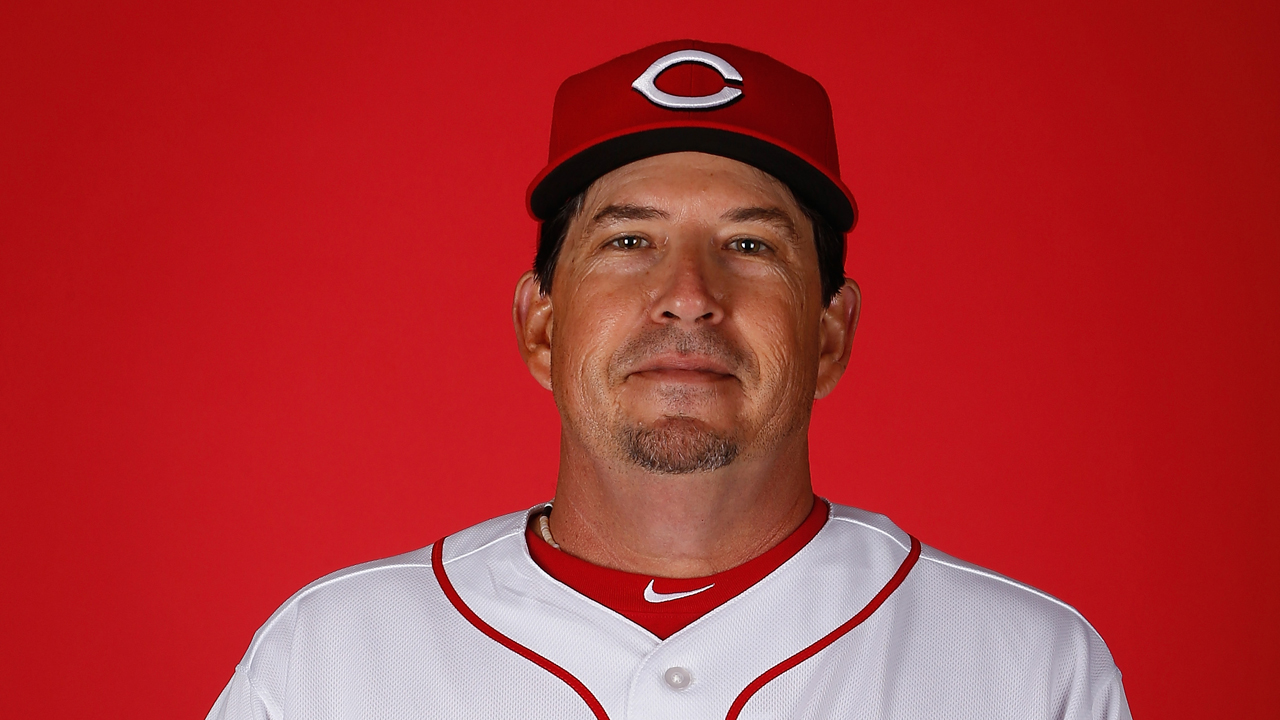 Jenkins in, Riggins out as Reds' pitching coach