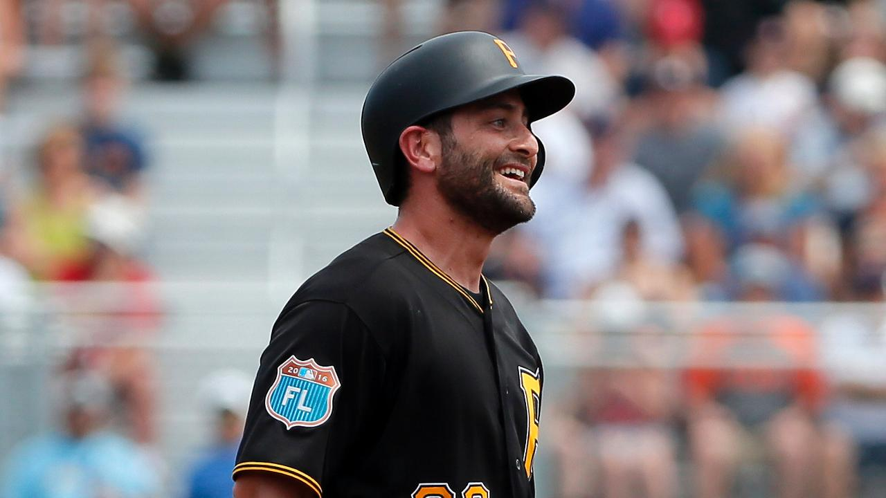 Francisco Cervelli espera mantenerse saludable con los Piratas