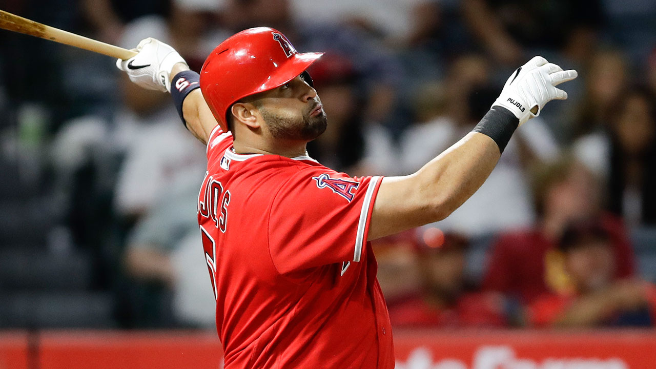 Albert Pujols sets MLB foreign-born HR record