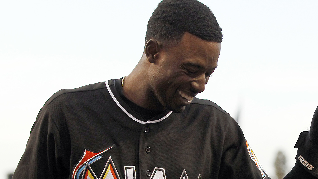 Dee reinstated by Marlins, apologizes to fans