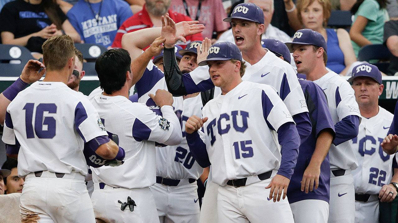 TCU advances in College World Series
