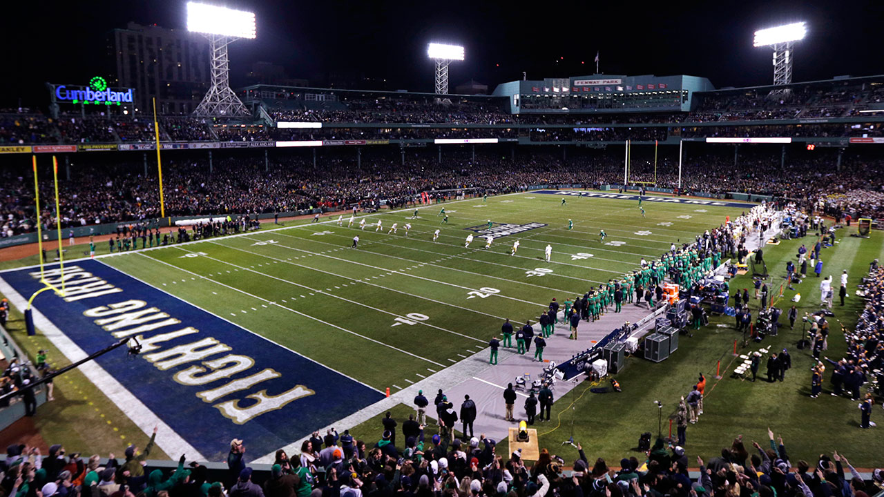 Fenway face-lift proves hit for college football