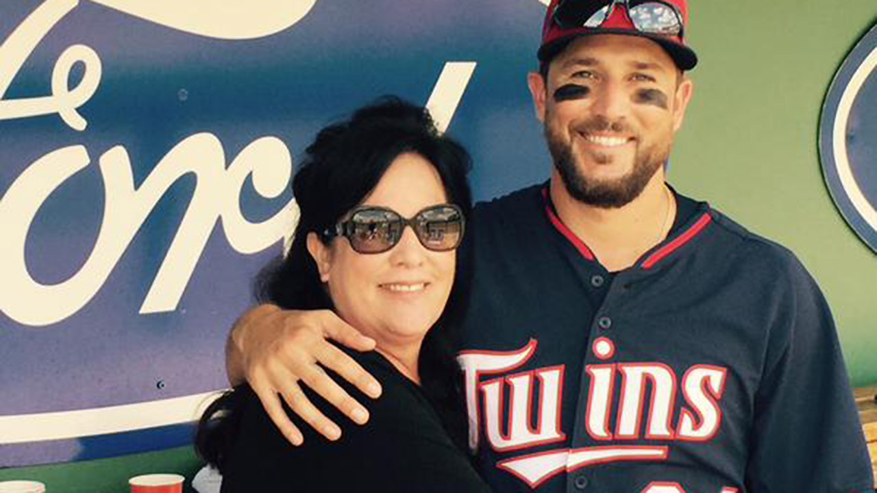Circumstance forged Plouffe's bond with mom