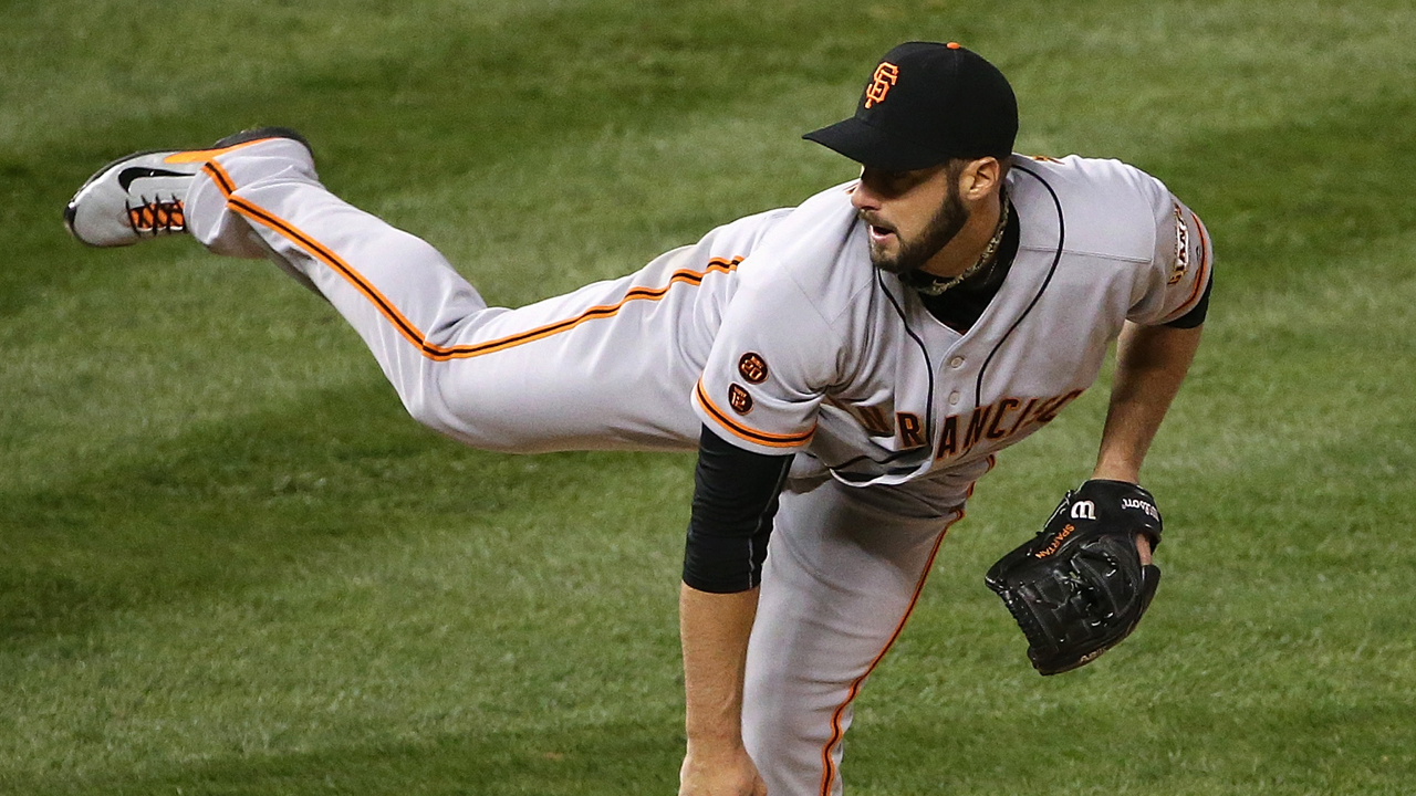 Kontos' injury compounds Giants' bullpen woes