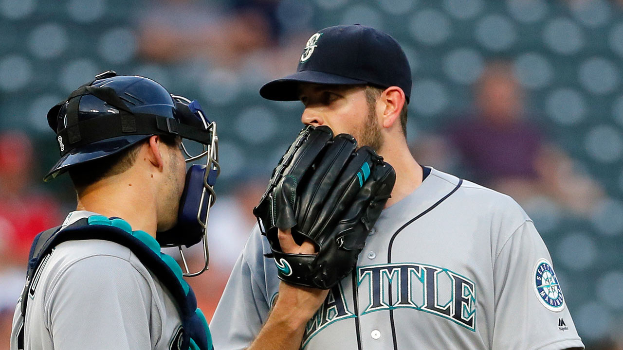 Fingernail issue resurfaces for Mariners' Paxton
