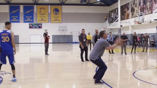 Joe Smith and Stephen Curry play horse