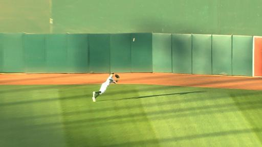 Billy Burns diving catch