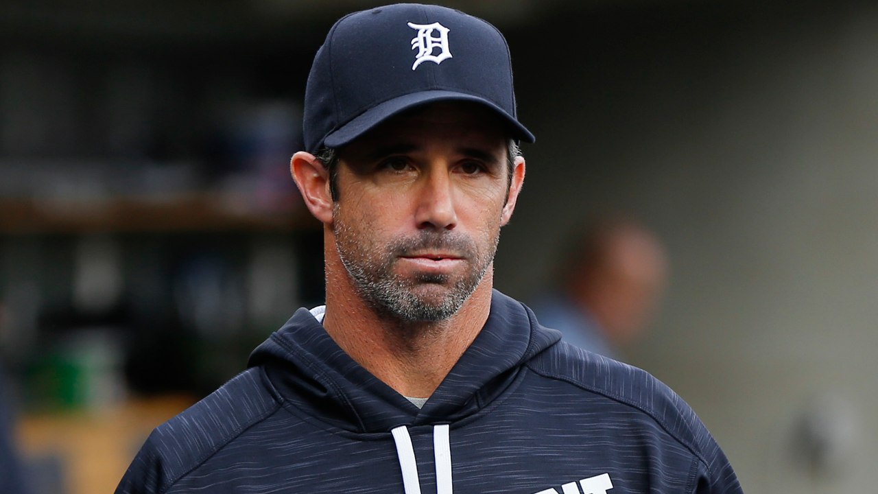 Ausmus rejoins Tigers after tending to family