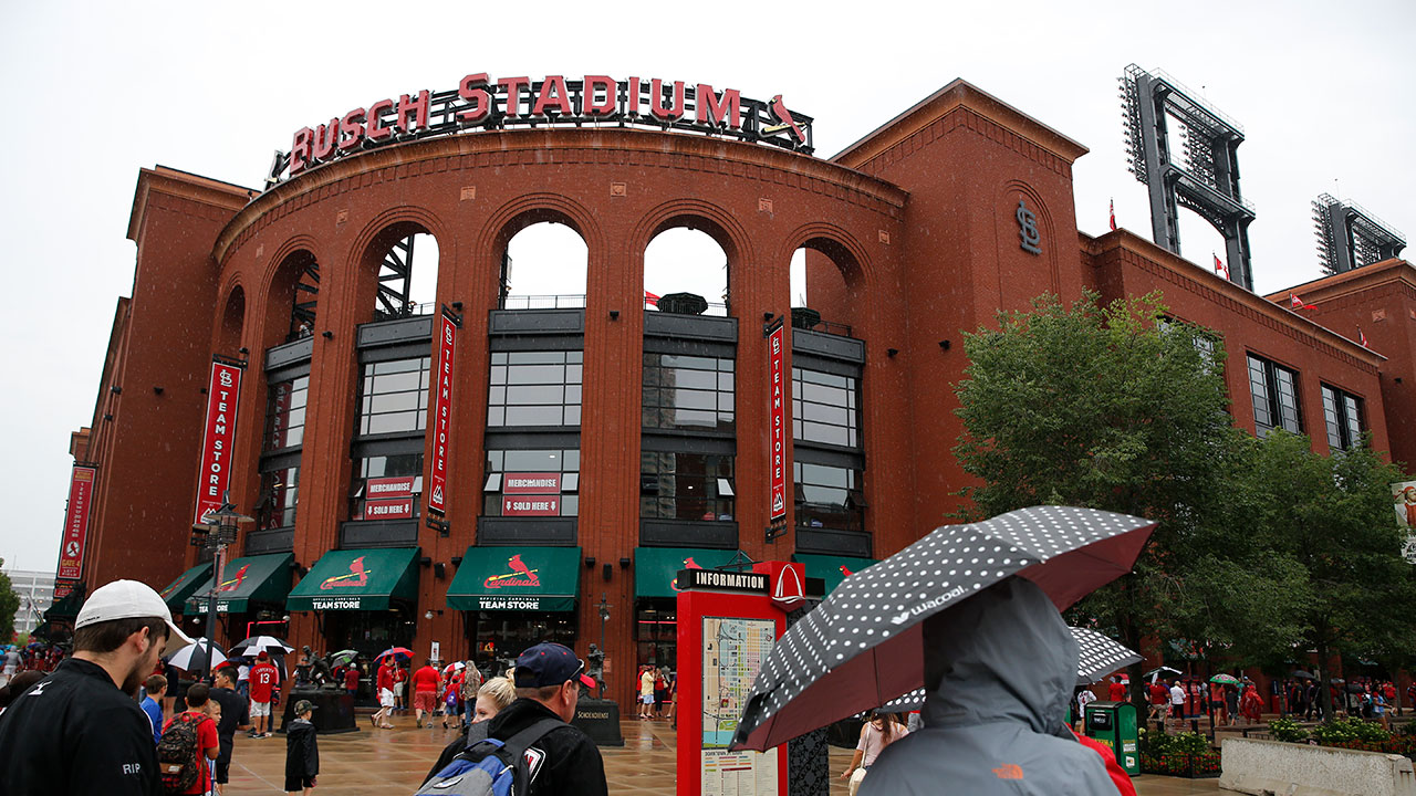 Cubs-Cards rained out, will play Thursday