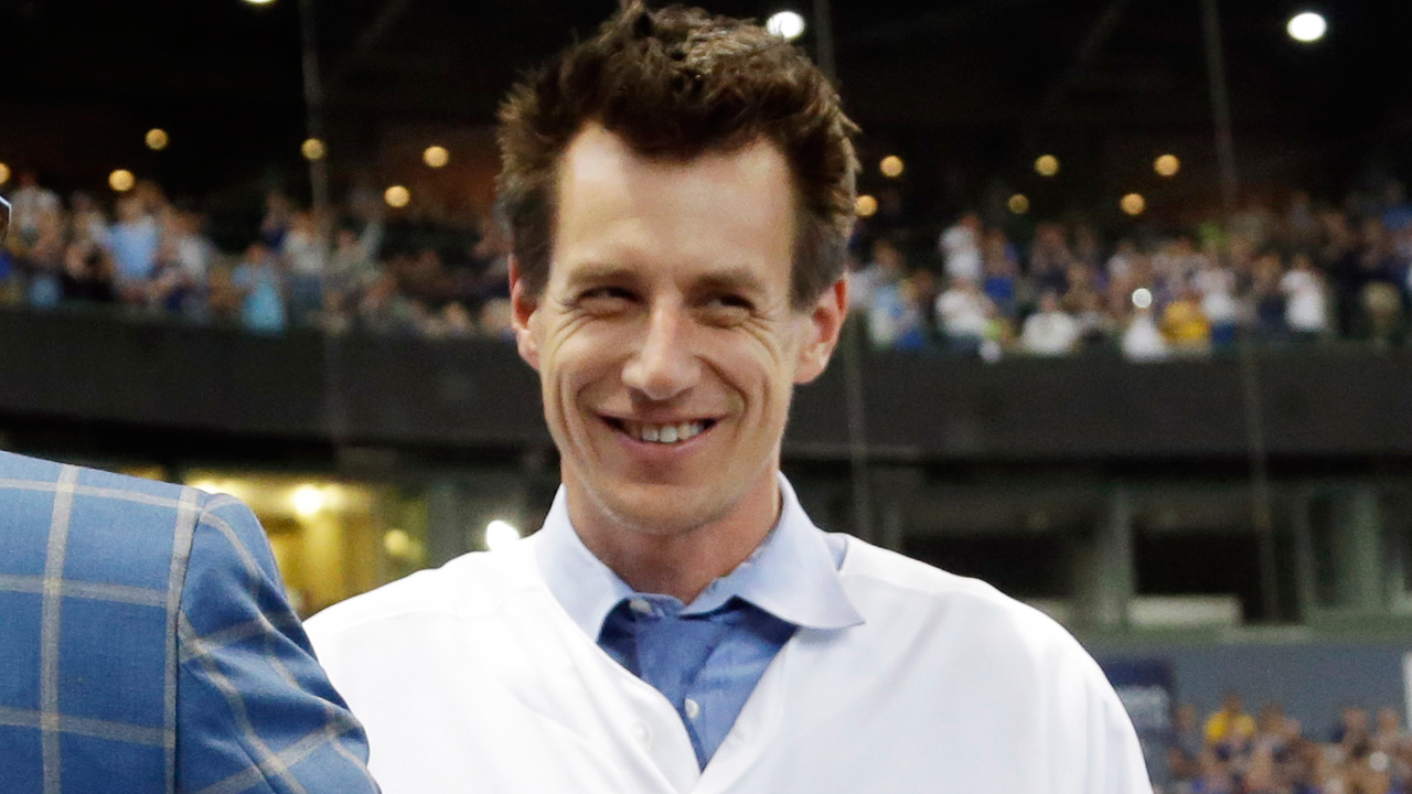 Counsell takes himself out of running for Rays job