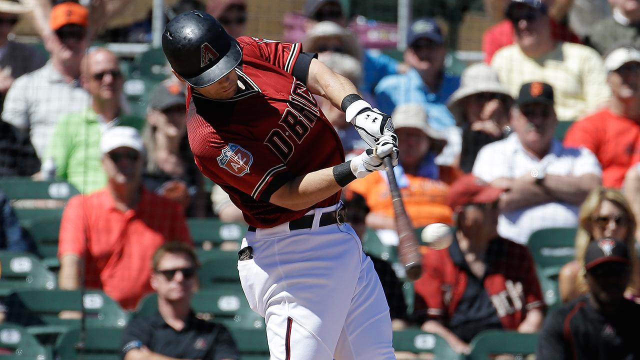 Owings' blast lifts D-backs over Royals