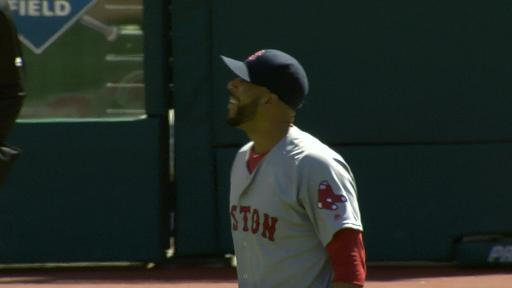 David Price reacts to Mookie's catch