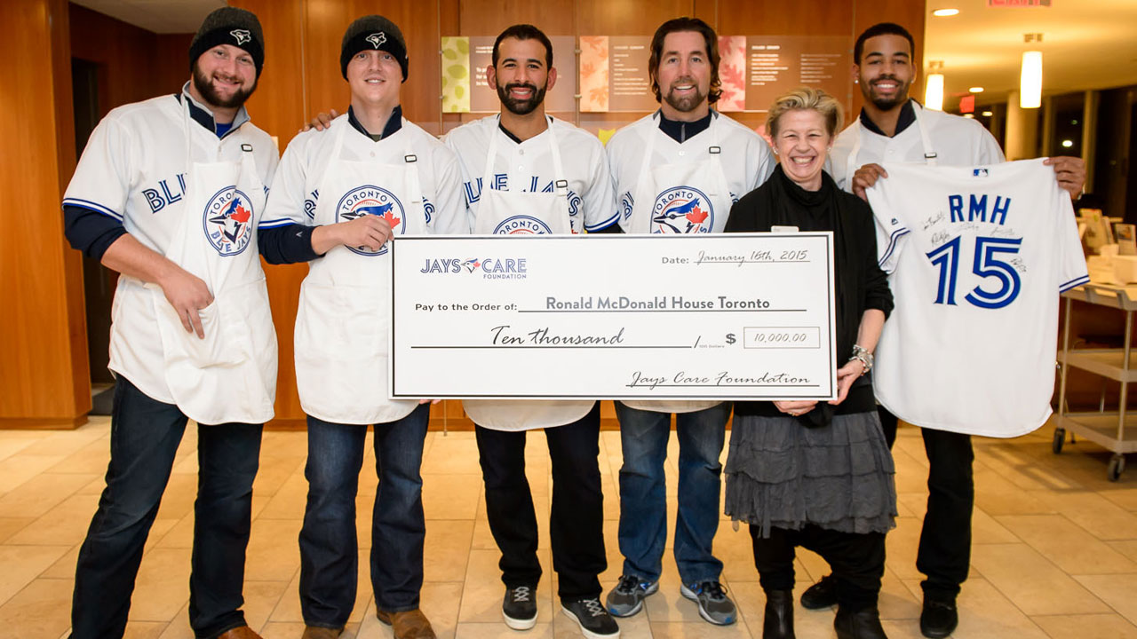 Blue Jays are big hit at Ronald McDonald House