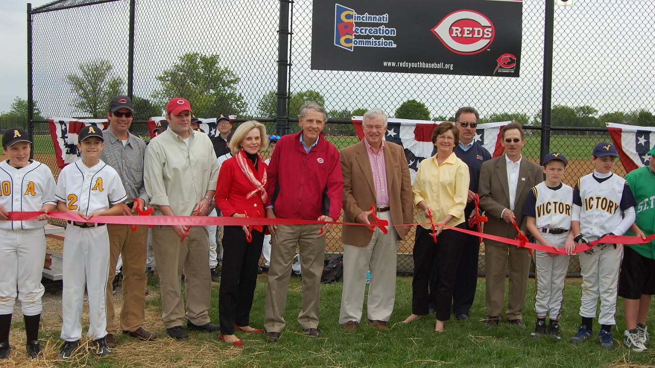 Castellinis dedicated to serving Reds community