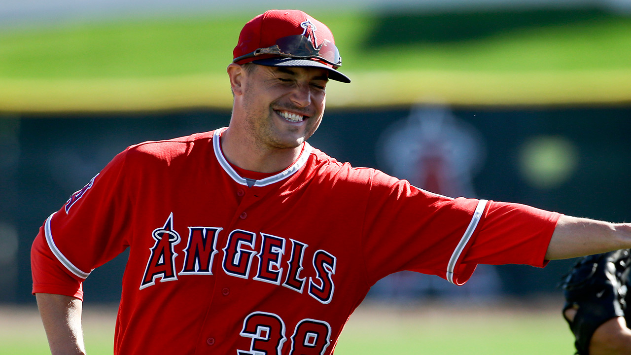 Angels' Smith has inside scoop on Madness