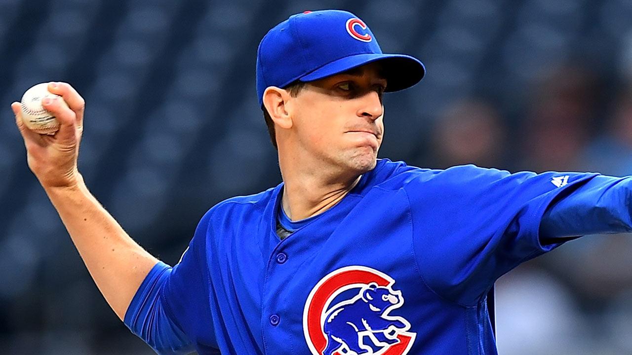 Kyle Hendricks leads Cubs' shutout of Pirates