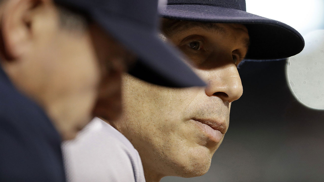 Girardi, Yanks acknowledge sense of urgency