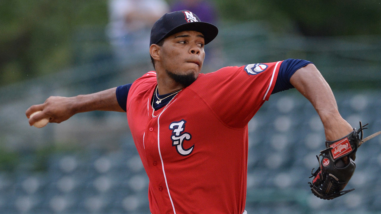 Nats get prospect arm Cordero from Phils