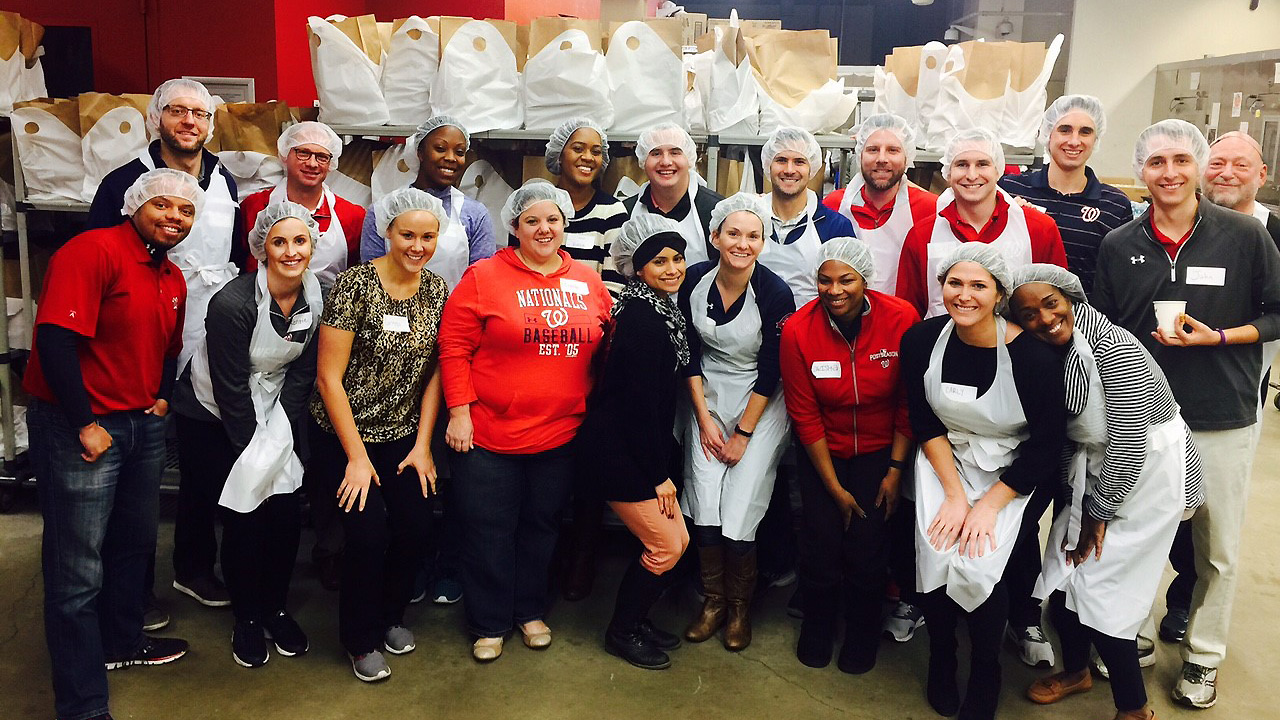 Nats make a difference at Food and Friends