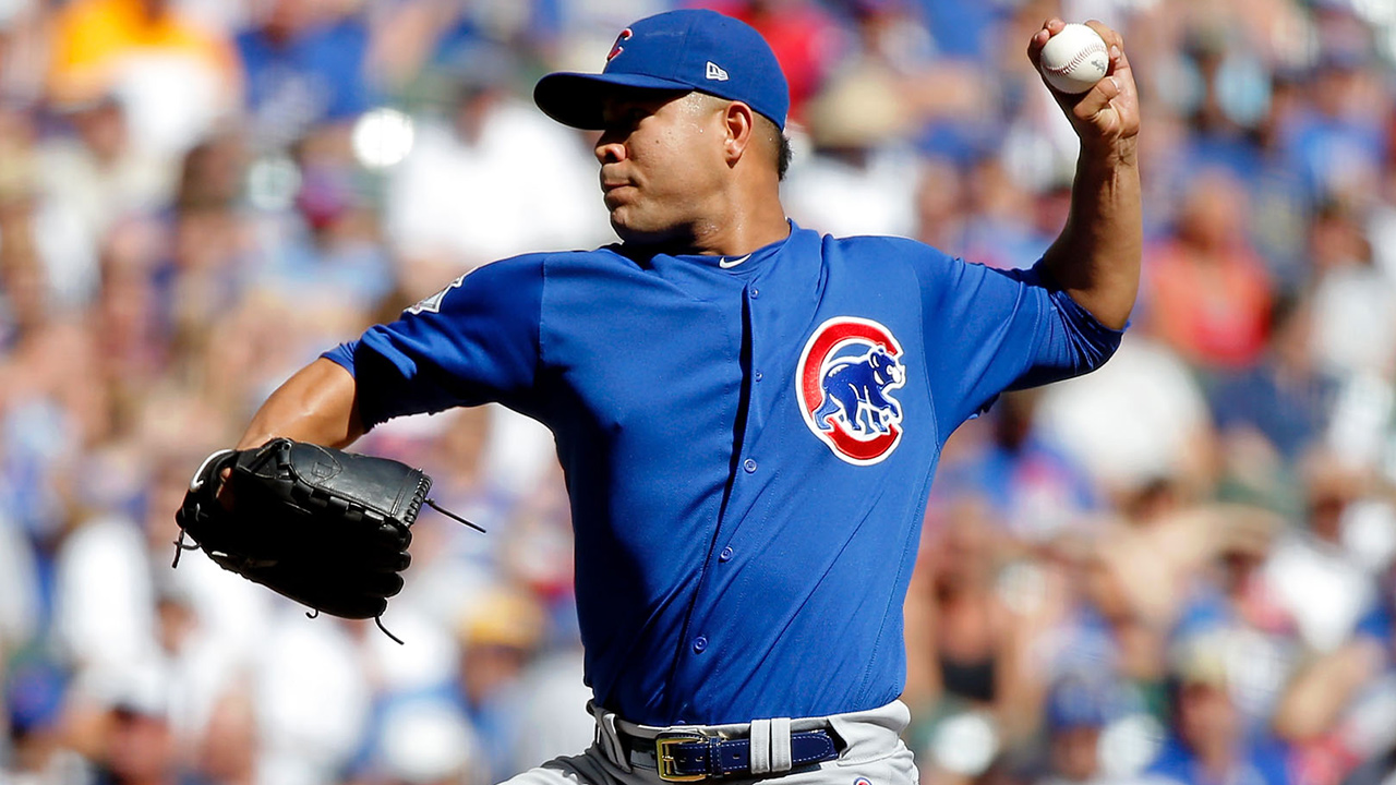 Cubs beat Brewers, trim magic number to 2
