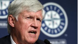 MLB approves Mariners' ownership change