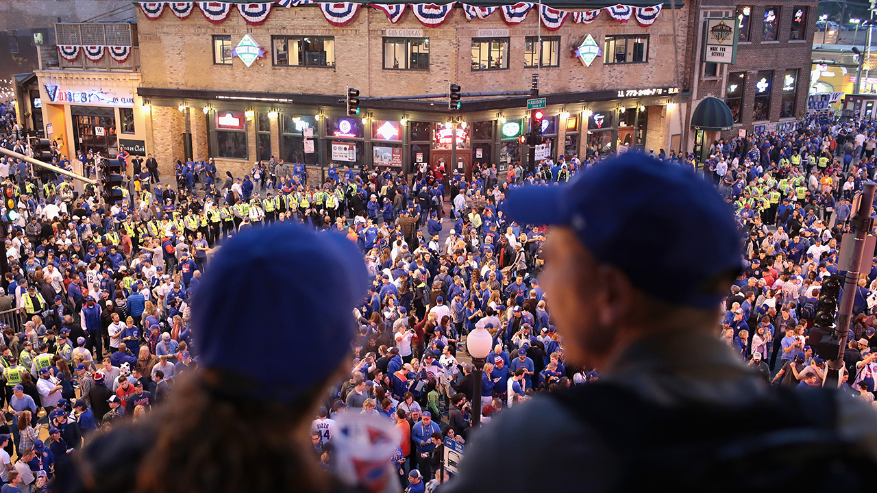 Cubs fans still believe after Game 4 loss