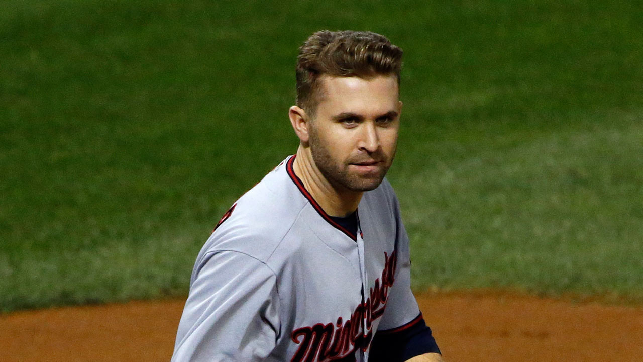 Dozier likely to miss finale with sore oblique