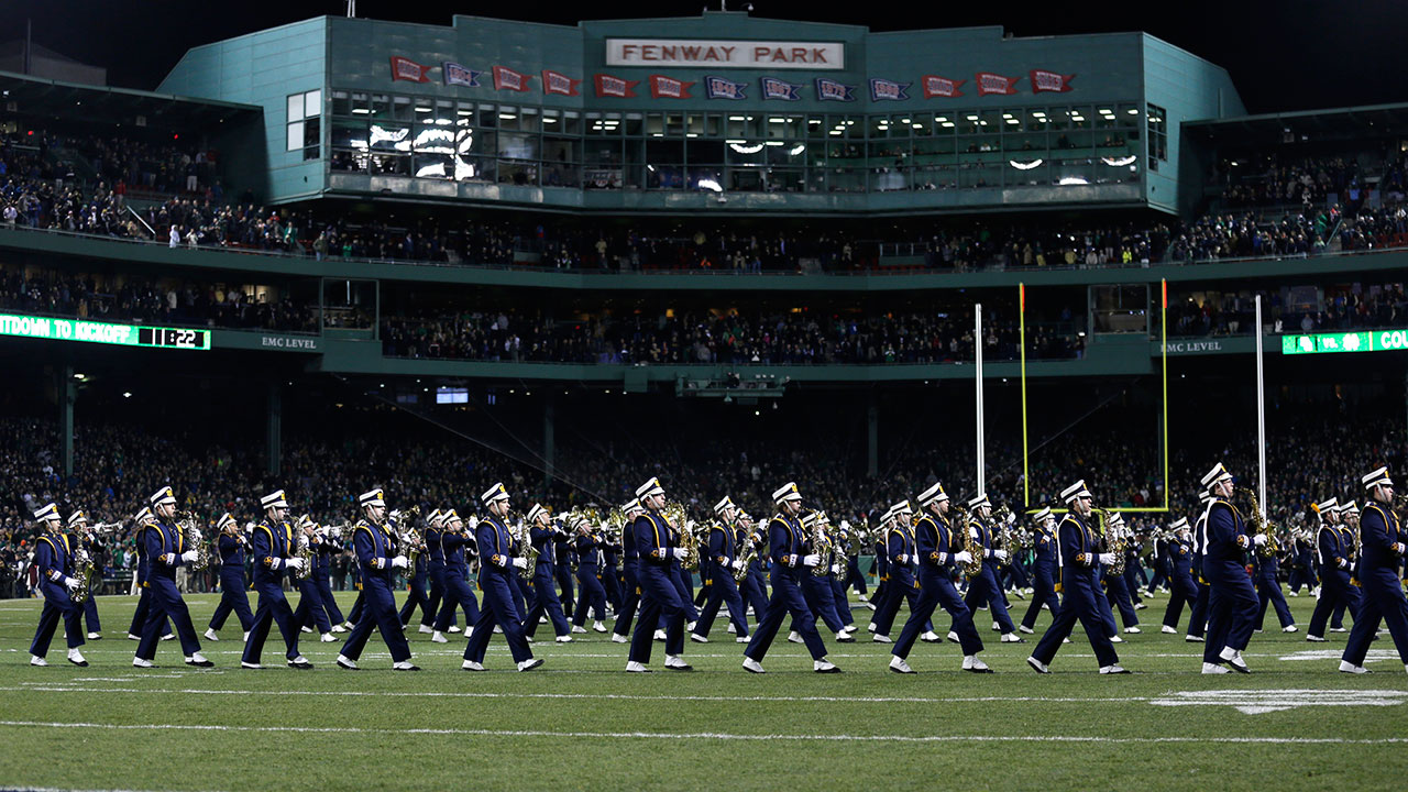 Fenway to host 3 college football games in 2017