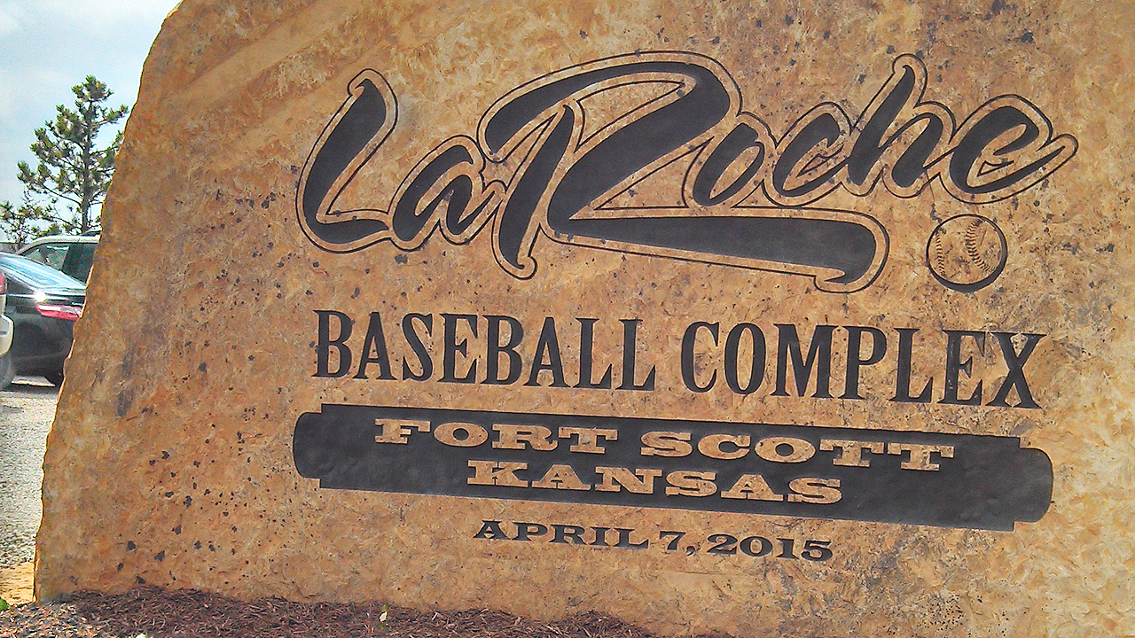 LaRoche proudly opens baseball complex in hometown
