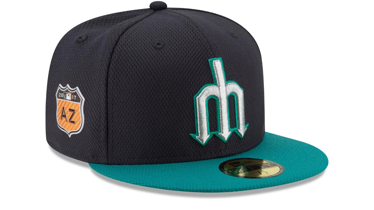 Mariners bring back trident caps for Spring Training
