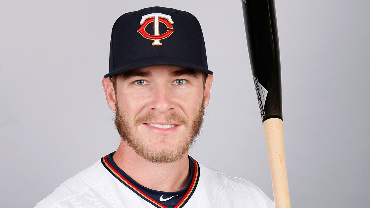 D-backs acquire Herrmann in trade with Twins